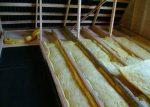 Как правильно утеплить потолок бани – как утеплить конструкцию с холодной крышей, чем утеплять со стороны чердака, как выбрать утеплитель