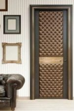 Как обшивать дверь – чем оббить входную и межкомнатную дверь, как обтянуть старую дверную карту, инструкция по декоративному ремонту